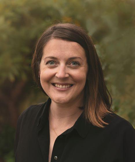 Maggie Wright Headshot