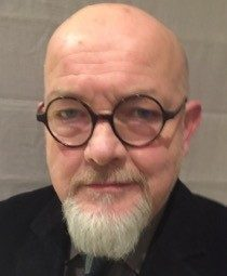 Professor Ian Headshot