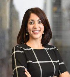 Sapna Mahajan Headshot